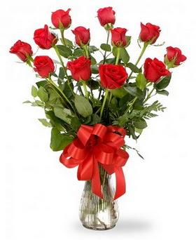 İstanbul Kadıköy çiçek , çiçekçi , çiçekçilik  12 adet kırmızı güllerden vazo tanzimi