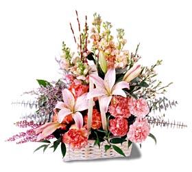 İstanbul Kadıköy çiçek siparişi sitesi  mevsim çiçekleri sepeti özel tanzim