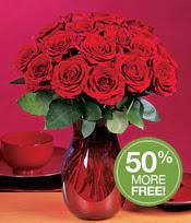 İstanbul Kadıköy çiçek gönderme sitemiz güvenlidir  10 adet Vazoda Gül çiçek ideal seçim