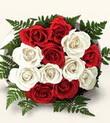 İstanbul Kadıköy çiçek , çiçekçi , çiçekçilik  10 adet kirmizi beyaz güller - anneler günü için ideal seçimdir -