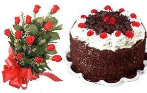 İstanbul Kadıköy internetten çiçek satışı  12 ADET KIRMIZI GÜL BUKET VE YASPASTA