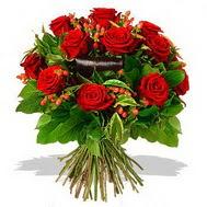 9 adet kirmizi gül ve kir çiçekleri  İstanbul Kadıköy internetten çiçek satışı