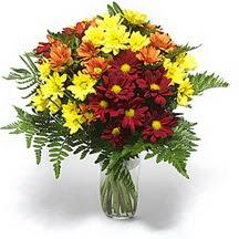 İstanbul Kadıköy çiçek siparişi sitesi  Karisik çiçeklerden mevsim vazosu