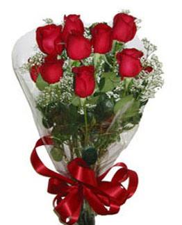 Çiçek sade gül buketi 7 güllü buket  İstanbul Kadıköy online çiçek gönderme sipariş