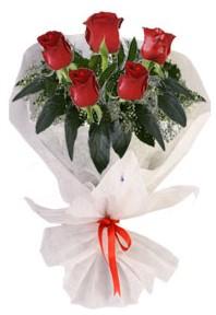 5 adet kirmizi gül buketi  İstanbul Kadıköy çiçekçiler