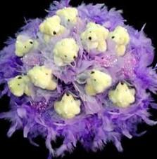11 adet pelus ayicik buketi  İstanbul Kadıköy çiçek , çiçekçi , çiçekçilik
