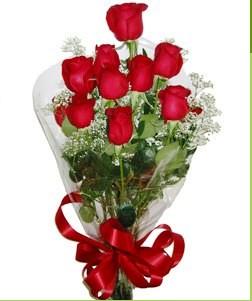 İstanbul Kadıköy uluslararası çiçek gönderme  10 adet kırmızı gülden görsel buket