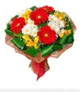 1 demet karışık buket  İstanbul Kadıköy hediye sevgilime hediye çiçek