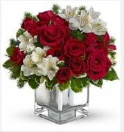 11 adet kırmızı gül ve beyaz kır çiçekleri  İstanbul Kadıköy 14 şubat sevgililer günü çiçek