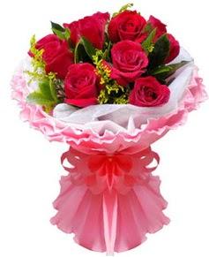 11 adet kırmızı gül buketi  İstanbul Kadıköy çiçek gönderme sitemiz güvenlidir