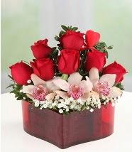 3 kandil orkide 5 kırmızı gül kalp mika  İstanbul Kadıköy internetten çiçek satışı