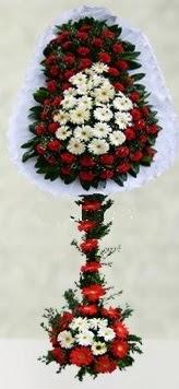 İstanbul Kadıköy internetten çiçek satışı  çift katlı düğün açılış çiçeği