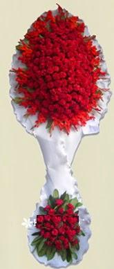 Çift katlı kıpkırmızı düğün açılış çiçeği  İstanbul Kadıköy anneler günü çiçek yolla