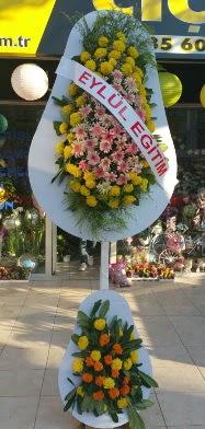 İstanbul Kadıköy çiçek siparişi sitesi  Açılış Düğün çiçek modeli