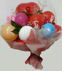 Benimle Evlenirmisin balon buketi  İstanbul Kadıköy uluslararası çiçek gönderme