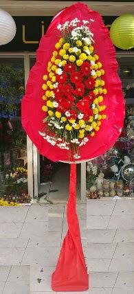 İstanbul Kadıköy çiçek siparişi sitesi  Tek katlı düğün nikah çiçeği