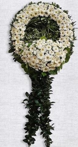 Cenaze çiçeği çiçek modeli  İstanbul Kadıköy online çiçek gönderme sipariş