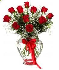 9 adet kırmızı gül cam kalpte  İstanbul Kadıköy online çiçekçi , çiçek siparişi