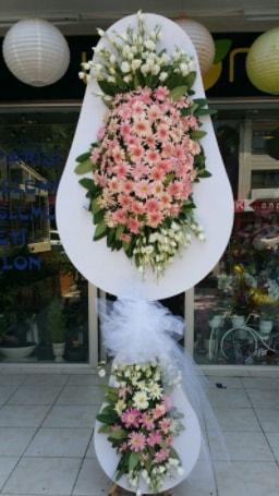 Çift katlı özel şahane sepet çiçeği  İstanbul Kadıköy çiçekçi telefonları