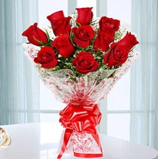 11 adet kırmızı gülden görsel şık buket  İstanbul Kadıköy ucuz çiçek gönder