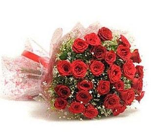 27 Adet kırmızı gül buketi  İstanbul Kadıköy ucuz çiçek gönder