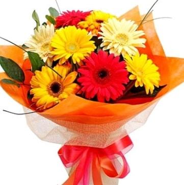 9 adet karışık gerbera buketi  İstanbul Kadıköy çiçek , çiçekçi , çiçekçilik