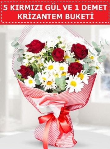 5 adet kırmızı gül ve krizantem buketi  İstanbul Kadıköy çiçek satışı